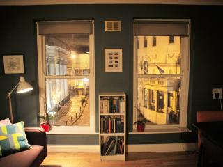 2 bedroom Apartment with Internet Access in Dublin - Dublin vacation rentals
