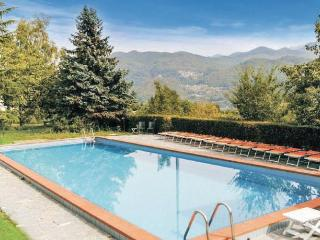 Nice House with Internet Access and Shared Outdoor Pool - Camporgiano vacation rentals