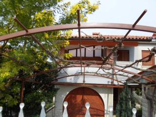 Apartman A2 in villa MaVeRo 150 form the beach - Banjole vacation rentals