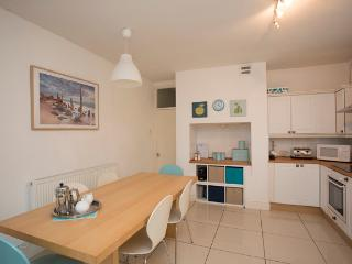 Duplex Apartment with parking near Cardiff Castle & Stadium (sleeps 7) - Cardiff vacation rentals