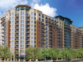 National Harbor Vacation Resort~Great Location!~2B - Washington DC vacation rentals