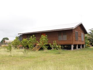 Mennonite Cabin: 2+1 American-style Breezy View - Unitedville vacation rentals