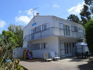 Bright La Tranche sur Mer vacation Apartment with Internet Access - La Tranche sur Mer vacation rentals