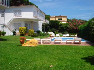 2 bedroom Apartment with Television in S'Agaro - S'Agaro vacation rentals