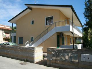 Nice House with A/C and Microwave - Jesolo Lido vacation rentals
