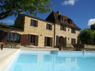 Bright 5 bedroom Castelnaud-la-Chapelle House with Internet Access - Castelnaud-la-Chapelle vacation rentals