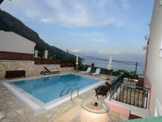 Comfortable 3 bedroom Vacation Rental in Barbati - Barbati vacation rentals