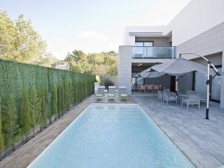 NEW HOUSE CLOSE TO PACHA & BEACH - Nuestra Senora de Jesus vacation rentals