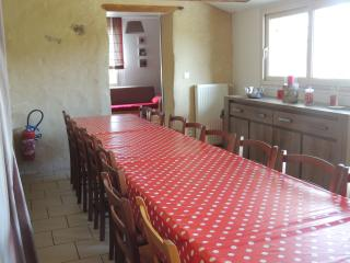 Gîte Hirondelles 14 personnes - Villiers-Charlemagne vacation rentals