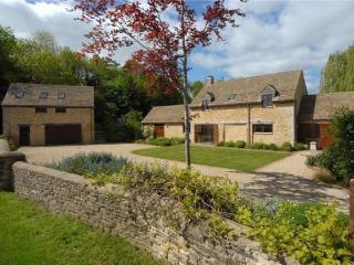 Nice Bed and Breakfast with Internet Access and Central Heating - Malmesbury vacation rentals