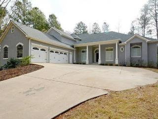 Nice House with Internet Access and A/C - Kennesaw vacation rentals