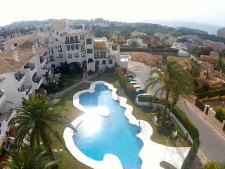 Oasis de Calahonda, 2 bed sea view apartment - Sitio de Calahonda vacation rentals
