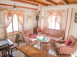 Cozy 3 bedroom House in Tkon - Tkon vacation rentals