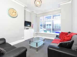 Wellington House Whalley Range - Manchester vacation rentals