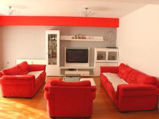 Nice 4 bedroom Condo in Zadar - Zadar vacation rentals