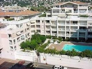 Grazioso bilocale fronte ma in affitto a settimane - Golfe-Juan Vallauris vacation rentals