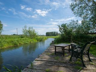 Lovely Cottage with Central Heating and Housekeeping Included - Great Ryburgh vacation rentals