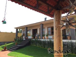 Beautiful 2 bedroom Cottage in Tzintzuntzan with Internet Access - Tzintzuntzan vacation rentals