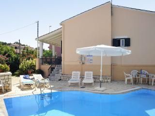 3 bedroom Villa with Internet Access in Kassiopi - Kassiopi vacation rentals