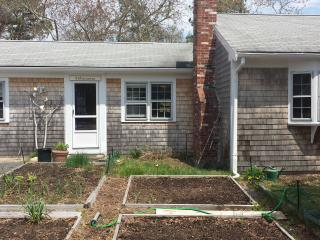 Cape Cod Getaway, sleeps up to 7 - Yarmouth Port vacation rentals