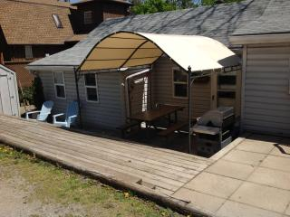 Cozy 2 bedroom Grand Bend House with Internet Access - Grand Bend vacation rentals
