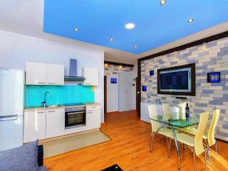 Violet Sea Breeze apartment - Split vacation rentals