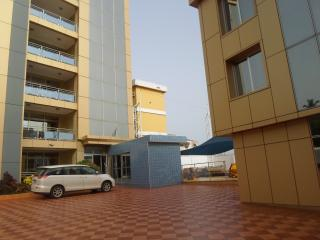 3bedrooms Apartment in OSU, Accra - Accra vacation rentals
