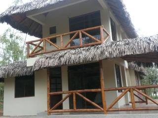 Olon, Montanita, Chau's Beach House, weekly, month - Playa de Olon vacation rentals