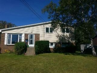 Lrg Room,Close to NSCC,2mins to Bus - Dartmouth vacation rentals
