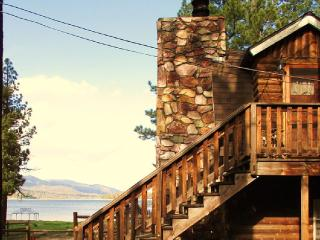 BUDGET FRIENDLY LAKE FRONT  175p/n POOL TABLE/WIFI - Big Bear Lake vacation rentals