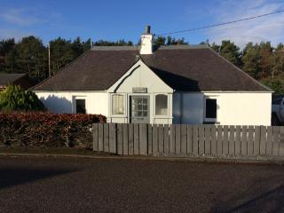 Lovely 2 bedroom recently renovated Cottage - Fochabers vacation rentals