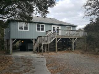 Beach Cottage - 4 bedroom 2 bath - Just Right - Kitty Hawk vacation rentals
