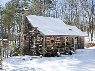 Little Creek - Antique Log Cabin-Near Boone - Fleetwood vacation rentals