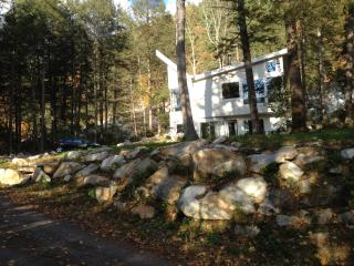 Peg's Place On The Rocks. Boulders, Trees, River! - Great Barrington vacation rentals