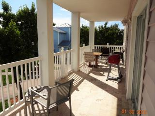 Spacious Two Bedroom Two Bathroom, Sleeps 6 - Bimini vacation rentals