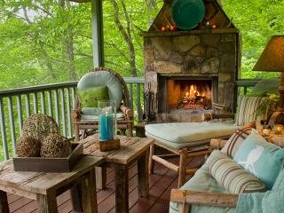 """The secluded, luxury """"RIVERFRONT FISHING COTTAGE"""" - Brevard vacation rentals"""