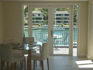 NS169 - 2 BR, Fully Furnished Waterfront Apartment - Kirribilli vacation rentals
