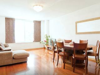 Bright & Spacious 3 Bedroom, Beautiful Green Area! - Lisbon vacation rentals