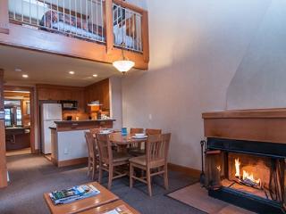 Banff Hidden Ridge Resort 2 Bedroom + Loft Condo (4 Queens) - Banff vacation rentals