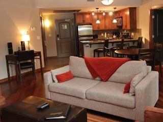 Canmore Stoneridge Mountain Resort 1 Bedroom + Den Exceptional Condo - Canmore vacation rentals