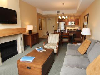 2 Bedroom Shiraz Condo: Lake View | Walnut Beach Resort, Osoyoos - Osoyoos vacation rentals