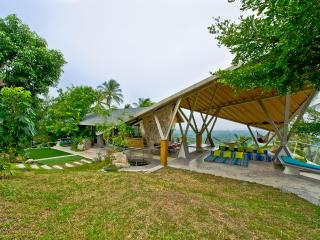 private 360 degree luxuary sea view pool villa - Taling Ngam vacation rentals