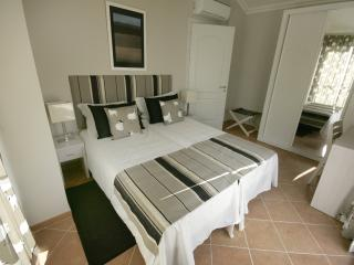 2 bedroom Villa with Internet Access in Castro Marim - Castro Marim vacation rentals