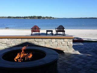 Lake House With Private Beach beside The Villages. - Summerfield vacation rentals