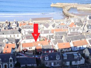 COASTAL HAVEN, quality coastal cottage with WiFi, patio, close harbour in - Cullen vacation rentals