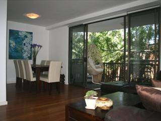 PWN01 - Tastefully furnished 2 bedroom apartment - Cremorne vacation rentals
