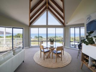 Ocean Grove Beach House in Tasmania - Dodges Ferry vacation rentals