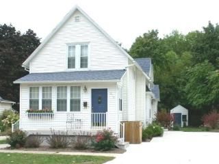 Hart`s Haven - Perfect for the extended family - South Haven vacation rentals
