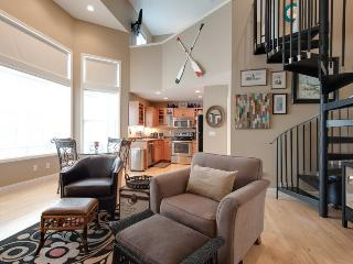 Uptown Girl - Summer rentals begin or end on Sundays. - South Haven vacation rentals