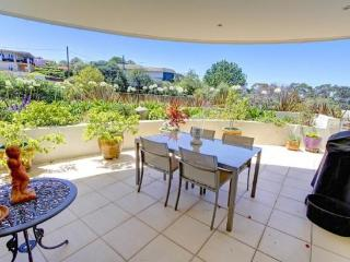 SFTH3 - Great one bedroom with leafy courtyard - Seaforth vacation rentals